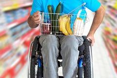 Comida de las compras Imagen de archivo libre de regalías