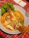 Comida de los tallarines de Tomyumkung Fotos de archivo
