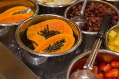 Comida del estilo de la comida fría en Maui Imagenes de archivo