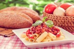 Comida del italiano de las pastas de Penne imágenes de archivo libres de regalías
