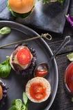 Comida del partido, mini hamburguesas de la carne de vaca Imagen de archivo