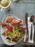 Comida del tocino del pan del desayuno Imagenes de archivo