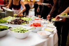 Comida deliciosa durante una celebración como festividades que se casan u otras imagen de archivo
