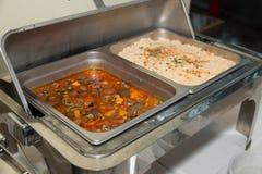 comida en el restaurante o abastecimiento o banquete Foto de archivo