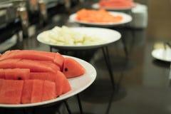 Comida fría de la comida en restaurante abastecimiento en el hotel para el banquete de boda b Imágenes de archivo libres de regalías