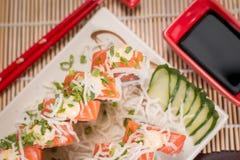 Comida japonesa Salmon Roll Imágenes de archivo libres de regalías