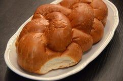 Comida judía, jalá del pan para el shabbat para el kiddush Imagenes de archivo