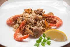 Comida lista del Paella con el camarón Imágenes de archivo libres de regalías