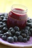 Comida para bebé - uvas-do-monte Foto de Stock