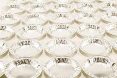 Comida redonda del papel de aluminio aislada Imagen de archivo libre de regalías