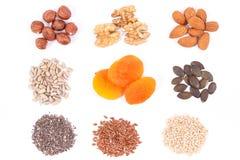 Comida sana que contiene el hierro, las vitaminas, los minerales y la fibra dietética, consumición nutritiva Foto de archivo libre de regalías