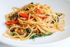 Comida secada espaguetis de Chili Anchovy Foto de archivo libre de regalías