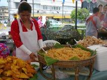 Comida tailandesa durante Año Nuevo tailandés Imagen de archivo libre de regalías