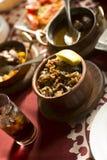 Comida tradicional árabe en el golfo Oriente Medio Foto de archivo libre de regalías