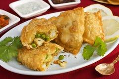 Comida vegetal del indio de Samosas Imagen de archivo