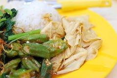 Comida vegetariana simple Fotos de archivo libres de regalías