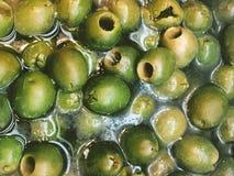 Comida verde del adobo de las aceitunas Imagenes de archivo