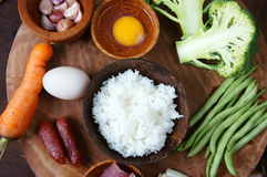 Comida vietnamita, arroz frito, consumición asiática Imagen de archivo libre de regalías