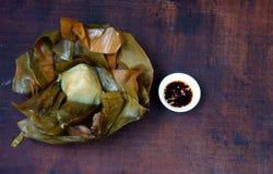 Comida vietnamita, bola de masa hervida del arroz de la pirámide Imágenes de archivo libres de regalías