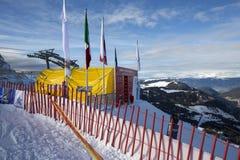 Comience el área durante el mundo Ski Men Ita Downhill Race Imagen de archivo