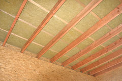 Comience la casa de madera de la construcción Foto de archivo