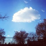 Comienzo de las nubes de la tarde del invierno Imagenes de archivo