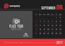 Comienzo domingo del diseño 2017 del calendario de escritorio de septiembre Imagen de archivo libre de regalías