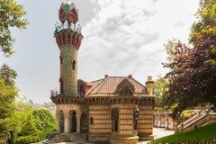 Comillas Cantabria, Ισπανία - ιδιοτροπία Gaudi, το Μάιο του 2018 EL ΚΑΠ στοκ φωτογραφία