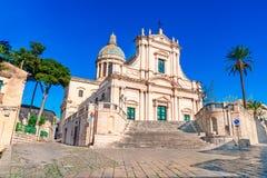 Comiso, остров Сицилии, Италия: Церковь Neoclassicist Annunziata, XVI века стоковая фотография