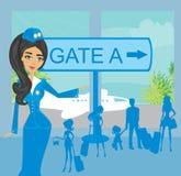 Comissária de bordo e turistas no aeroporto Fotografia de Stock Royalty Free