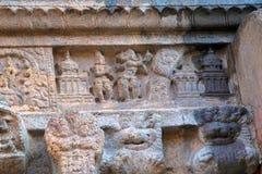 Comité die verhaal van Sundara, Noordelijke muur afschilderen van mandapa, Airavatesvara-Tempel, Darasuram, Tamil Nadu royalty-vrije stock foto