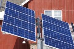 Comitati solari al centro della natura di espediente Fotografia Stock
