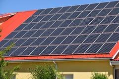 Comitati solari sul tetto Immagine Stock Libera da Diritti