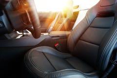 Commande convertible de voiture photographie stock libre de droits