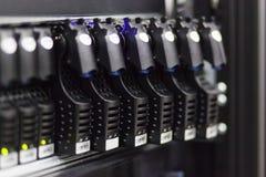 Commande de disques durs dans le système de stockage Photos stock