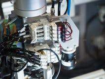 Commande numérique industrielle de pointe par le rondin de programmation de PLC images libres de droits