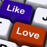 Comme et d'amour clés pour l'ami en ligne Images stock