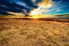 Comme l'obscurité tombe à la prairie de Taberville Images libres de droits