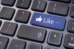 Comme le message sur le bouton de clavier, concepts sociaux de media Photos libres de droits
