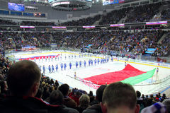 Commencez le match d'hockey au palais de glace à Minsk, Belarus Images libres de droits