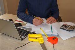 Comment écrire le plan d'action Photos de buts d'affaires Photo libre de droits