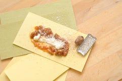 Comment faire cuire le lasagne d'Italian Photographie stock