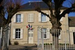 Commeny Frankrike - marsch 14 2016: stadshus Royaltyfri Fotografi