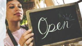 Commerce ouvert d'affaires de vente de magasin de magasin de détail images stock