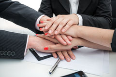 Commerciële teamhanden stock afbeelding