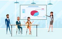 Commerciële teamuitwisseling van ideeën, het spreken, die in vergaderzaal bespreken Presentatie van de project en planmarkt stock illustratie