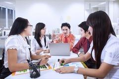 Commerciële teamvergadering op kantoor Royalty-vrije Stock Fotografie