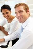 Commerciële vergadering in een bureau Stock Afbeeldingen
