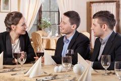Commerciële vergadering in een restaurant Stock Fotografie