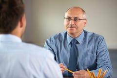 Commerciële vergadering, gesprek dat door hogere manager wordt gedaan Royalty-vrije Stock Afbeeldingen